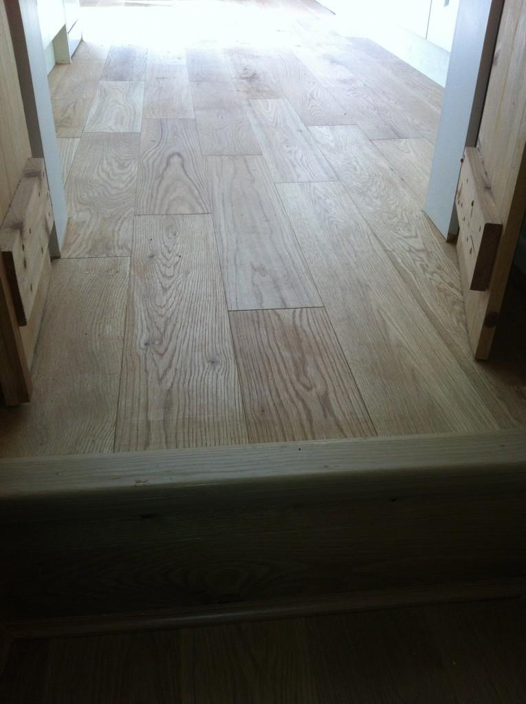 oak solid wood flooring