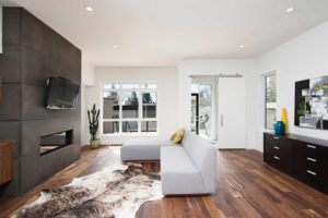 Hardwood vs Laminate Flooring: What's The Difference